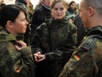 Almanya çareyi ithal askerde arıyor