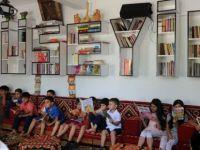 Gurbetçiden köyüne kütüphane