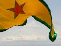 Türkler PKK bayrağını sildi