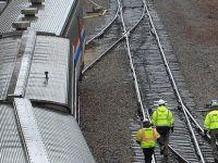 Barselona'da tren raydan çıktı: Ölü ve yaralılar var