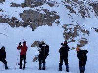 Avusturya'da 5 kişi çığ altında kaldı