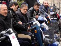 Gurbetçilerden Erzurum'a akülü araba