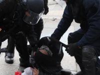 'Sarı Yelekliler'in gösterileri sürüyor: 37 gözaltı