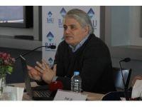 Türk kökenli avukatlar tehdit alıyor