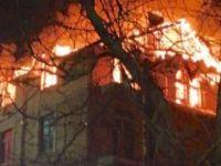 Türklerin yaşadığı evde yangın