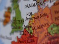 Hollanda'da ailesini katleden Türk yakalandı