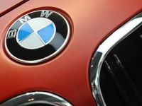 """BMW, """"üretim molasını"""" uzattı"""