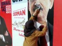 Muhalefetin pankartlarına saldırmıştı