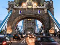 Londra'da motorsikletli hırsızlık