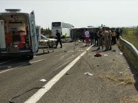 1 Mayıs yolunda kaza: 5 işçi öldü