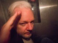 Assange hakkındaki tecavüz soruşturması son verildi