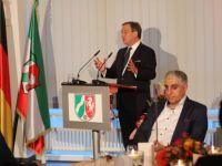Almanya'da eyalet başbakanı iftar verdi