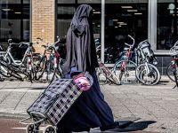 Burka giyene 150 avro ceza