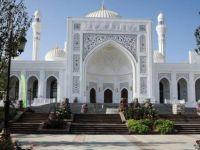 Çeçenistan'dan 70 bin kişilik cami