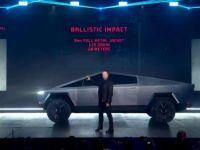 Tesla'nın ilk elektrikli 'Cybertruck'ı tanıttı