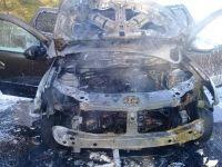 Muğla'da 1 Alman'a ait cip yandı