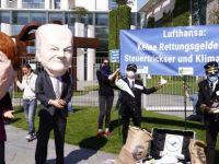 Lufthansa'yı kurtarma paketi protesto edildi