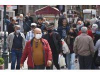 Eskişehir'de Sokaklar Doldu, Sosyal Mesafeye Uyulmadı