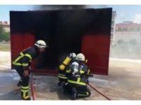 İtfaiye erlerine yangına müdahale eğitimi verildi