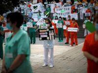 """Sağlık çalışanlarının eylemleri sürüyor: """"Toplumun iyiliği için mücadele zamanı"""""""