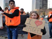 Brüksel'de sığınmacılara destek yürüyüşü
