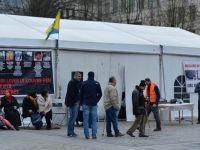 Dün yakılan PKK çadırı bugün tekrar açıldı