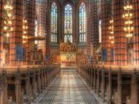 İsveç'te 1 milyon kişi kilise üyeliğinden çıktı