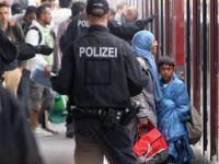 Kimliğini saklayan sığınmacılara 5 bin avro ceza