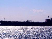 Yolcu gemisiyle yük gemisi çarpıştı: 15 yaralı