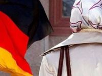 Almanya'da başörtülü öğrenci staja kabul edilmedi