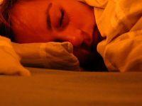 'Gece lambası ile uyumayın' uyarısı