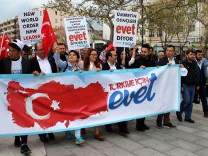 İzmir Marşı'nı Erdoğan'a uyarladılar