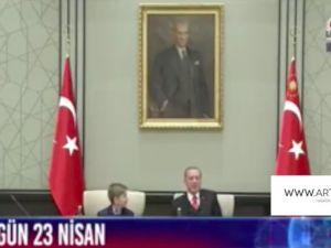 Erdoğan gelen soruya dayanamadı, kahkaha attı