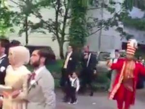 Hakan Çalhanoğlu, Almanya'da gelin almaya mehter takımıyla gitti