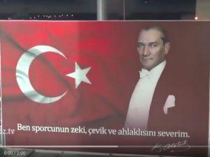 Göztepe taraftarından İzmir marşı