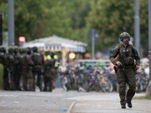 Münih'teki terör saldırısı Türk vatandaşın kamerasında