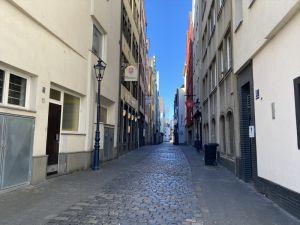 Almanya'da Türkçe sokağa çıkma uyarısı