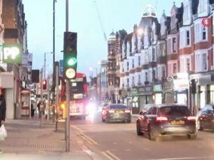 İngiltere'deki Türk mahallesi yasağa rağmen hareketli